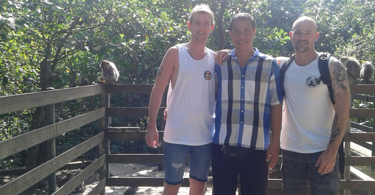 day tour at ubud monkey forest