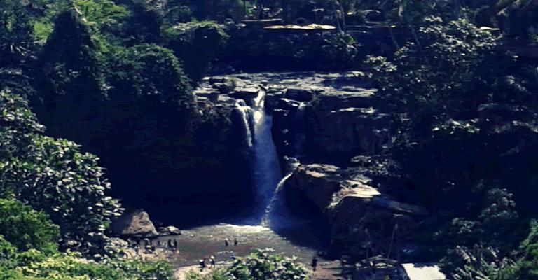 tegenungan waterfall ubud